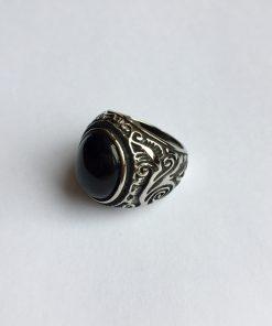 Zwarte edelsteen ring
